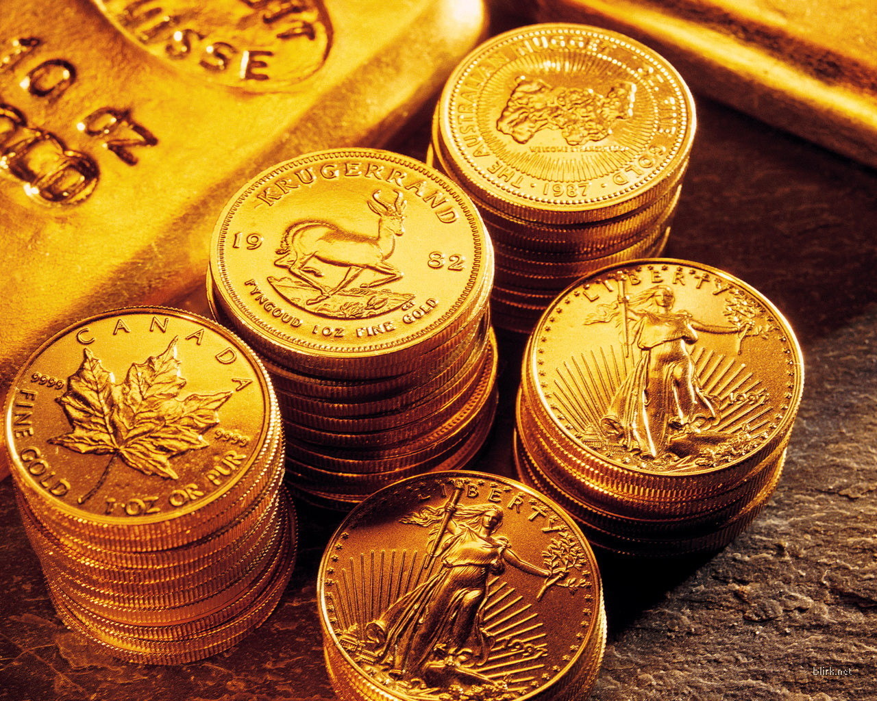 Property investment a better investment than gold stocks