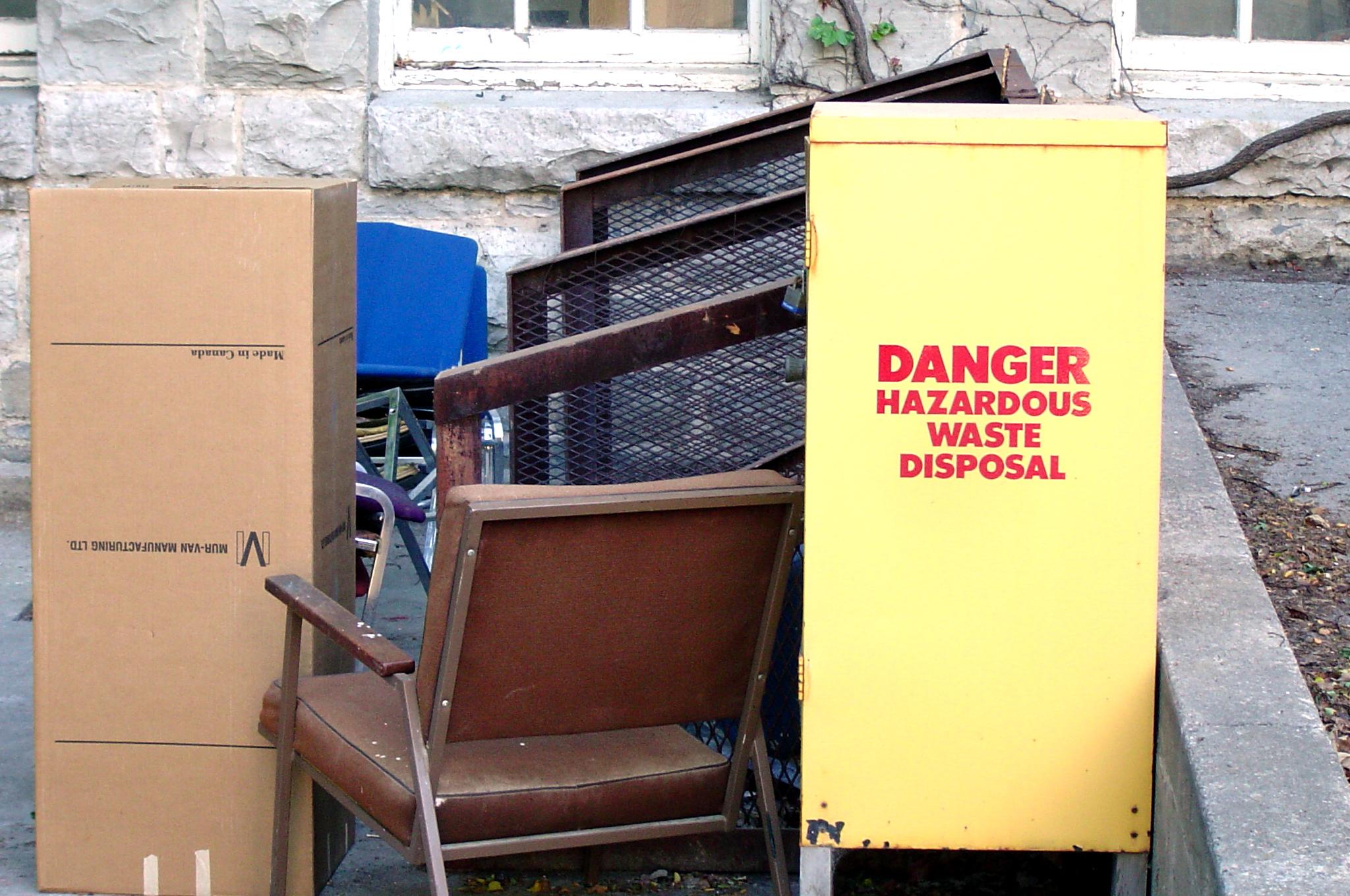 How to Handle Hazardous Waste Disposal