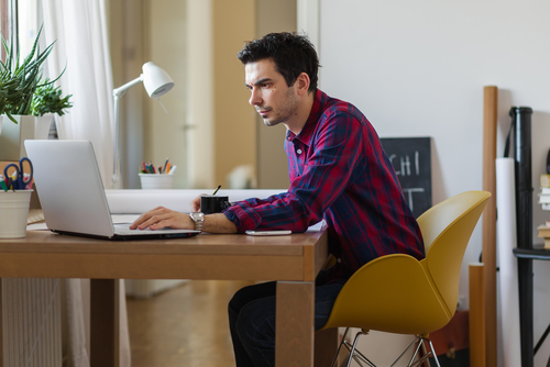 10 Companies which allow you to work from home
