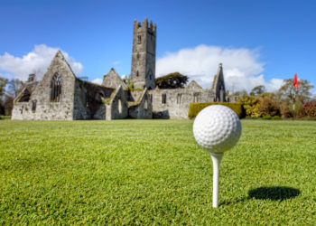 Play golf in Ireland