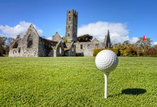 Play golf in Ireland